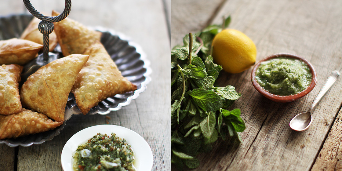 samosas with mint chutney